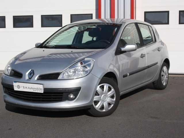 Renault Renault Clio III  1.5 dCi 70ch Expression 5p