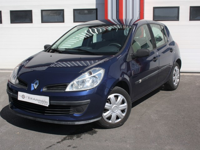 Renault Renault Clio III 1.4 16v Pack Authentique 5p